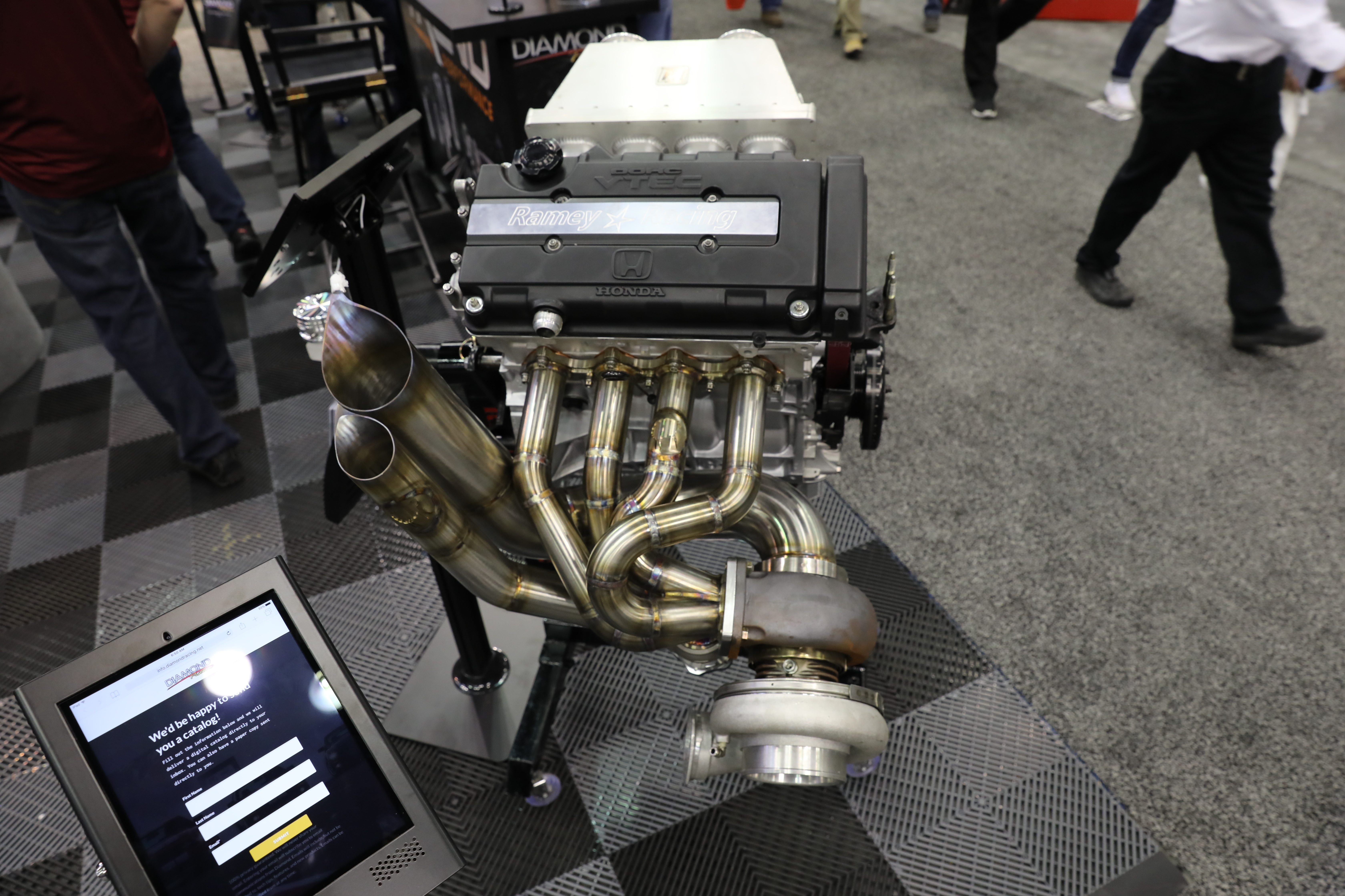 003-Diamond-engines-booth-PRI.jpg