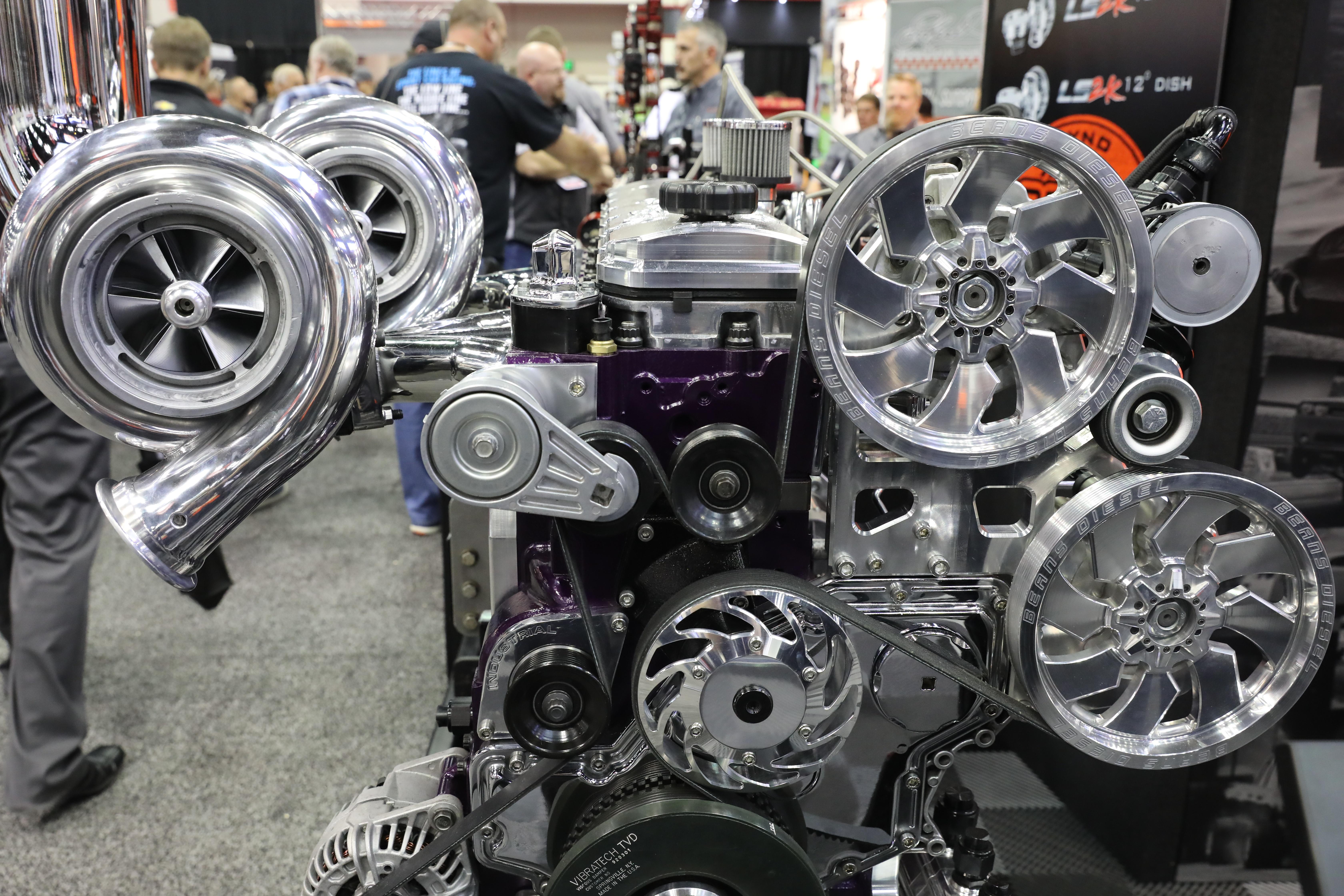 005-Diamond-engines-booth-PRI.jpg